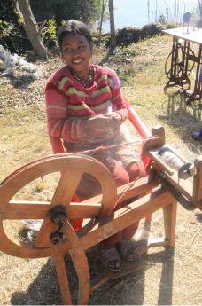 5.サリジャ村織物事業:広がる織物事業