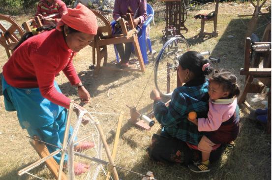 5.サリジャ村織物事業:広がる織物事業 2