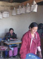6.サリジャ村織物事業:広がる販路